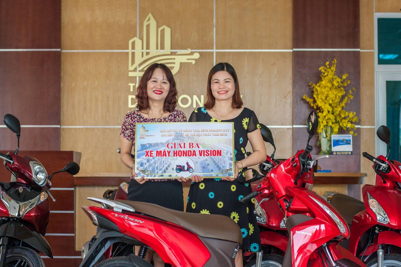 Trao giải Kỳ Đồng Thái Bình Dragon City